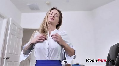 Post Break Up hookup With Mom- Natasha Starr
