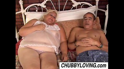 Lovely Lisa is a big beautiful blonde BBW who loves to fuck