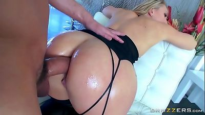 Brazzers- AJ Applegate and her perfect ass - camstripgirls.com
