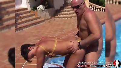 Sanya enjoys a rigid penis during red-hot outdoor hook-up by the pool! AMATEURCOMMUNITY.XXX